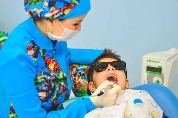 Jak przygotować dziecko na wizytę u dentysty?