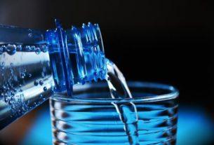 Butelka z filtrem – zalety i wady