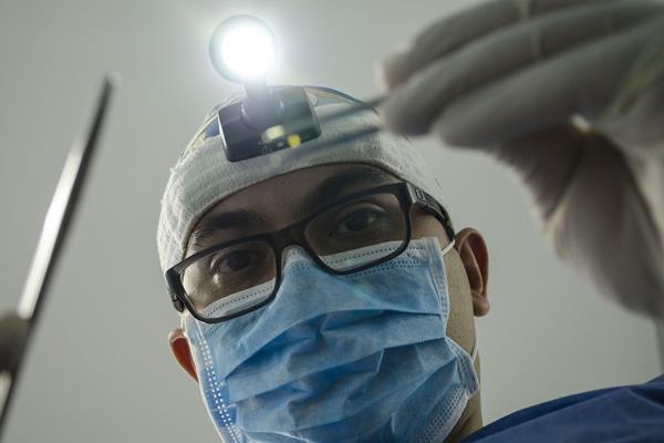 Periodontologia - jaki zakres usług obejmuje?